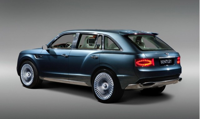 This Just In: New Video Of The 2016 Bentley SUV