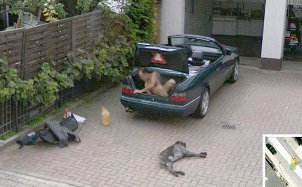 The 57 Strangest Things Ever Spotted On Google Street View | The Roosevelts