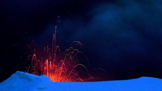 What Happens When A Volcano Erupts Under A Glacier? | Popular Science