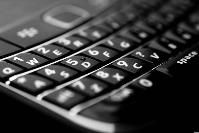 BlackBerry lands another legal win over Typo keyboard | CrackBerry.com